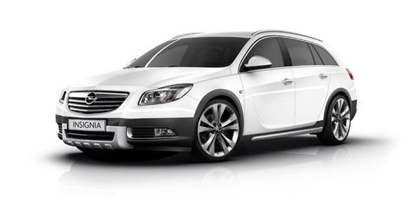 Полноприводный Opel Insignia Sports Tourer Crossfour